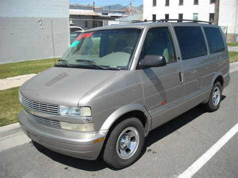 online auto repair manual 2002 chevrolet astro windshield wipe control service manual how to change a 2002 chevrolet astro rear wheel bearing chevrolet astro