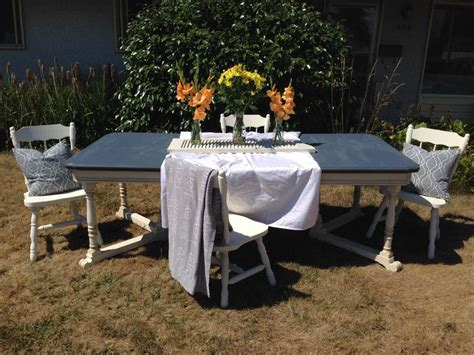 Refurbished Kitchen Table And Chairs Detailed Solid Wood 1930 S Refurbished Kitchen Table And 4 Chairs Saanich Mobile