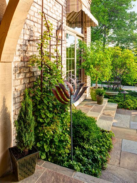 Landscape Forms Trellis Photo Page Hgtv