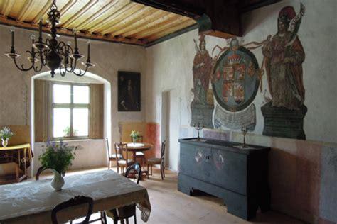 gotischer speisesaal wanderung zur trostburg in s 252 dtirol radio tirol
