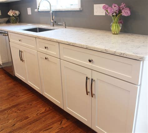 Cabinet Lacquer Refinishing by Maple Cabinets Refinished In Decorative White Tinted