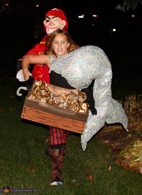 mermaid  carried   pirate illusion halloween