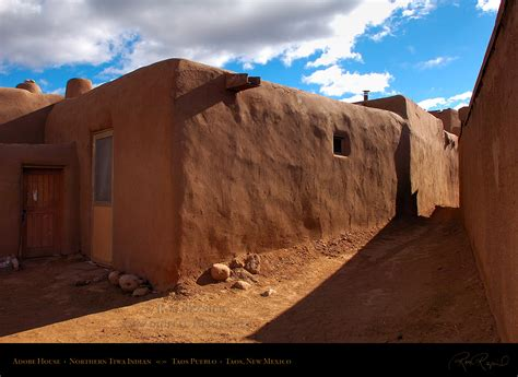 pueblo adobe houses taos pueblo unesco world heritage site