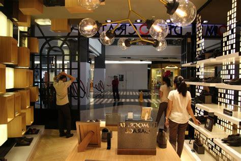 Store Indonesia retail design democrata shoe store at plaza
