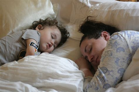 bed sharing wordless wednesday the family bed natural parents network