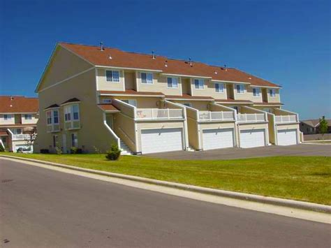 2 bedroom apartments rochester mn the brittany s apartments and townhomes rentals