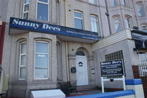 blackpool appartments sunny dee s review of sunny dee s holiday apartments