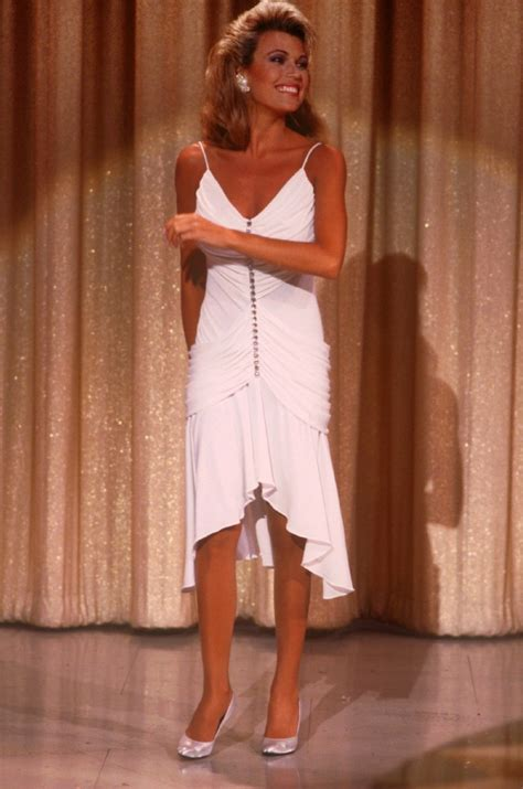 Vanna White Wardrobe by Vanna White S Wheel Of Fortune Dresses And Secrets
