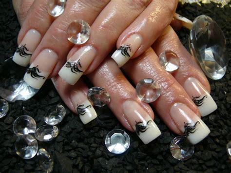 imagenes de uñas decoradas para uñas cortas u 195 194 177 as francesas blancas con decorado de lentejuelas