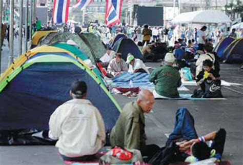 protesters allied   people  democratic reform committee occupy asoke intersection