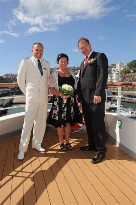 Cruise And Vows by Renew Your Wedding Vows With Fred Fred Cruise Lines