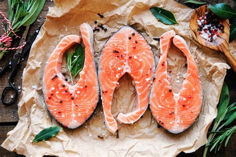 protein in salmon lean protein 11 healthy ways to load up reader s digest