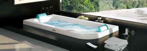 hotels with big bathtubs uk jacuzzi 174 officiel hydromassage baignoires baln 233 o spas