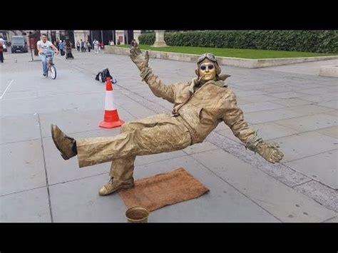 Trick Streat Magic Vcd secret revealed performer floating and levitating trick magic trick