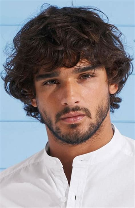 slightly curly man hair men medium curly hairstyles www pixshark com images