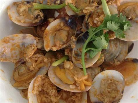 Singlong Chilli Crab Sauce Halal white clam with chilli crab sauce recipe foodclappers