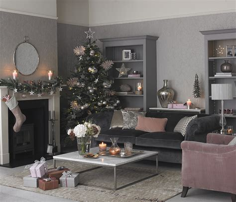 christmas colour schemes  brighten   home