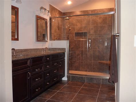 Ideas For Showers In Small Bathrooms Peyton Kitchen Amp Bath Gallery