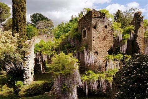 giardini di ninfa immagini sermoneta ed il giardino di ninfa nel lazio quantomanca