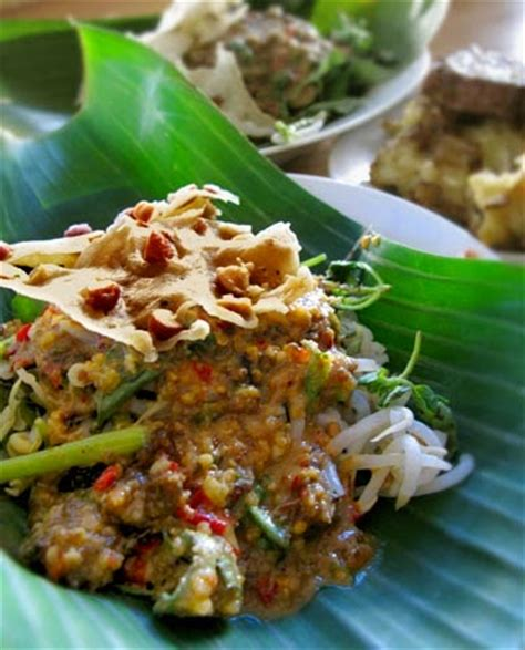 Bumbu Pecel 100 original recipes vegetables with peanut sauce from madiun pecel madiun