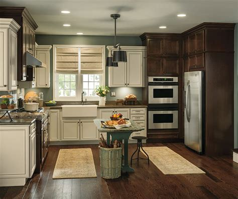 Contrasting Kitchen Cabinets by Rustic Kitchen With Contrasting Finishes Aristokraft