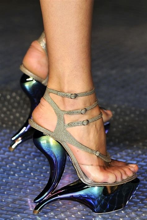 Second Shoes Are Strangely Stylsih by Future Fashion Futuristic Shoes Avant Garde Hologram