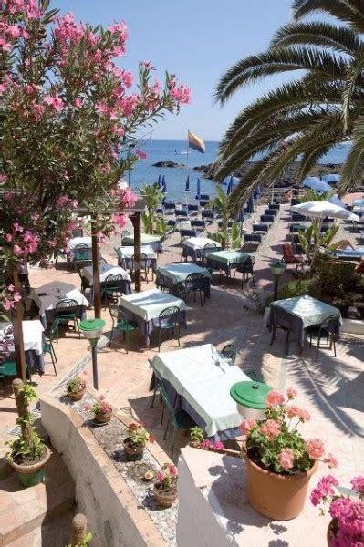 hotel kalos giardini naxos sicily hotel kalos giardini naxos 117 900 ft t 243 l