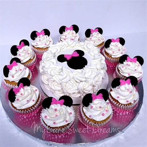 St Minie Mouse minnie mouse 1st birthday cake with cupcakes www imgkid