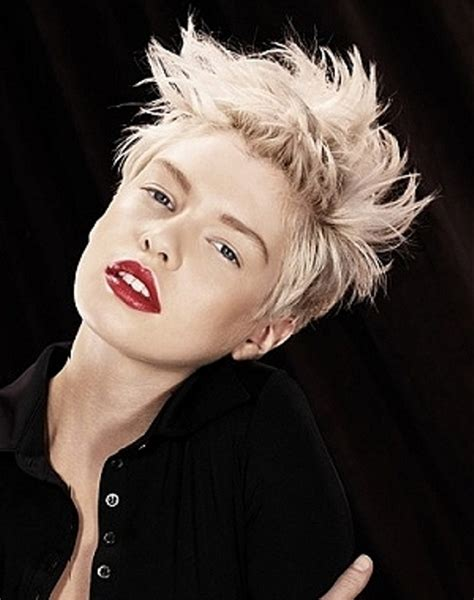 10 cool short hairstyles for women circletrest