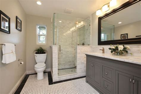 Traditional Master Bathroom Ideas by Traditional Master Bathroom With Flush Amp Ceramic Tile