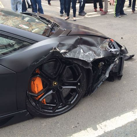 Lamborghini Aventador Crash Matte Black Lamborghini Aventador Crashes In