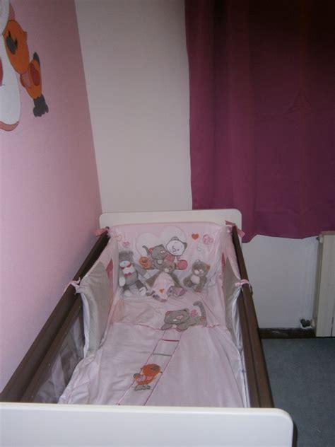 chambre bébé noukies collection iris et babette noukies chambre de b 233 b 233