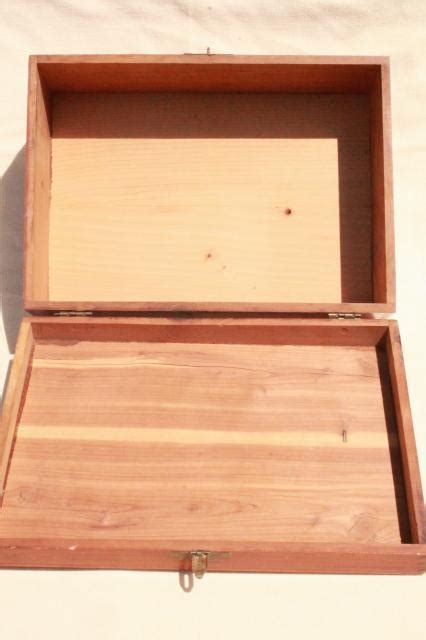 mini dresser jewelry box small cedar chest jewelry box vintage cedarwood dresser