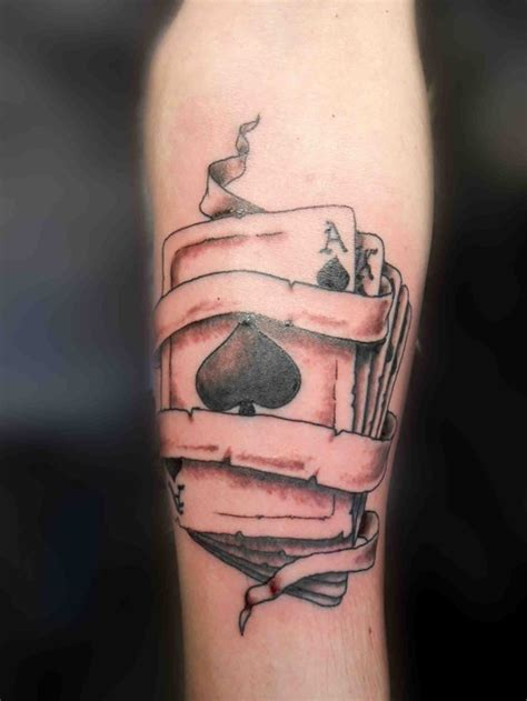 shovel tattoo 30 cool spade designs