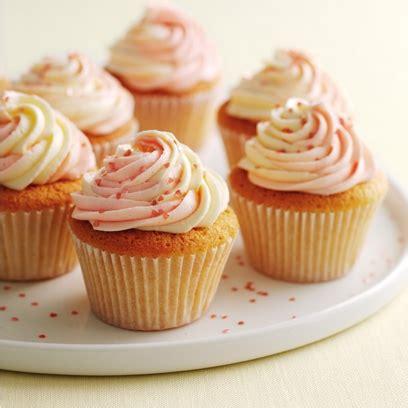 baking ideas berry s vanilla cupcakes easy baking ideas