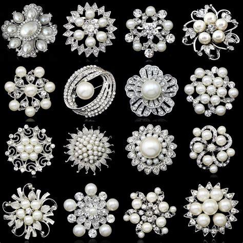 silver flower brooch rhinestone diamante wedding