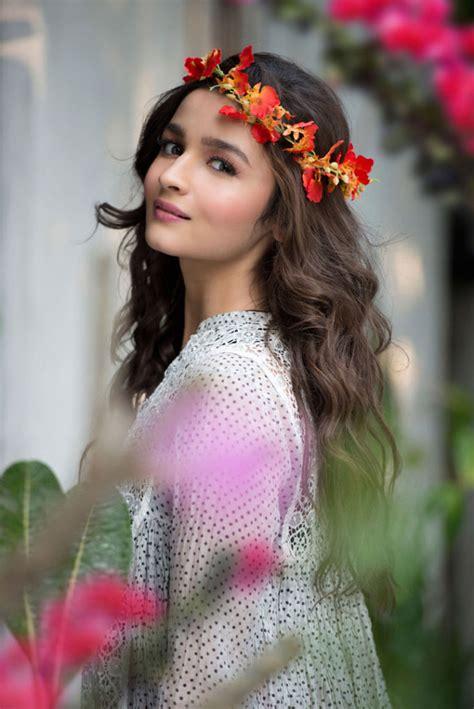 17 best images about hindi actress on pinterest pinterest znm98 drama heros pinterest bollywood