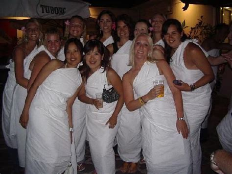 themed college parties throw a toga or other theme party fun things to do
