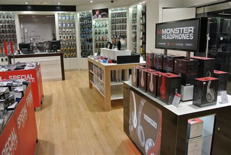 capi opens new concept electronics store at frankfurt airport the moodie davitt report the