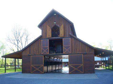 horse barn designs best 25 barn plans ideas on pinterest horse barns barn layout and horse barn designs