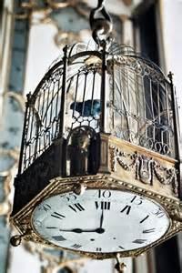 Bird Cage Decor Using Bird Cages For Decor 46 Beautiful Ideas Digsdigs