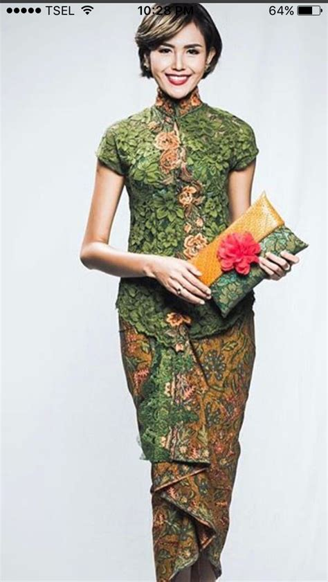 gambar design batik modern dress 580 best images about kebaya on pinterest traditional