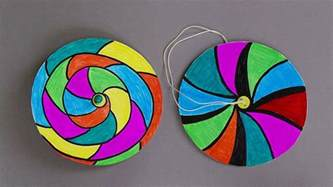 How To Make Paper Spinners - how to make paper spinners easy paper crafts for