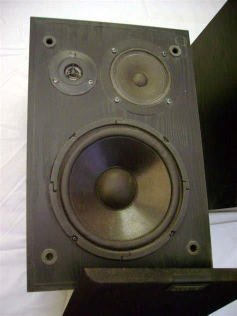 altec lansing bookshelf speakers