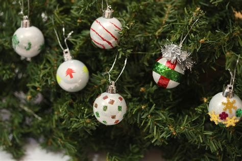 how to make christmas tree baubles with pictures wikihow