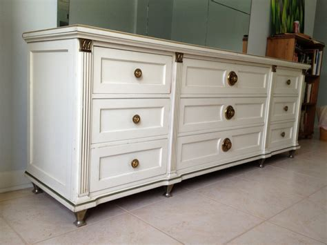 Best Dressers For Bedroom Best Ideas About Bedroom Dressers Grey And Large Interalle