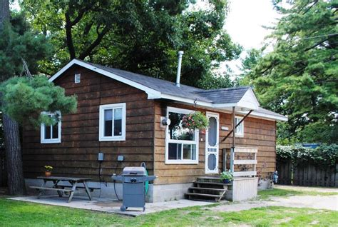 Coopers Cabins Wasaga Beach Rentals Cottage Rental In Wasaga House Rental
