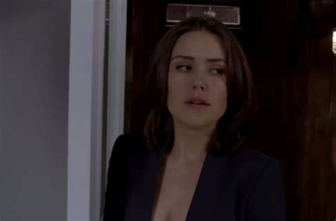 megan boone as elizabeth keen theblacklist the cast the blacklist ssn 2 ep 3 live stream tv info video