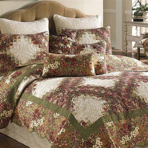 donna sharp bedding water color irish chain quilt donna sharp blackmountainquilts net