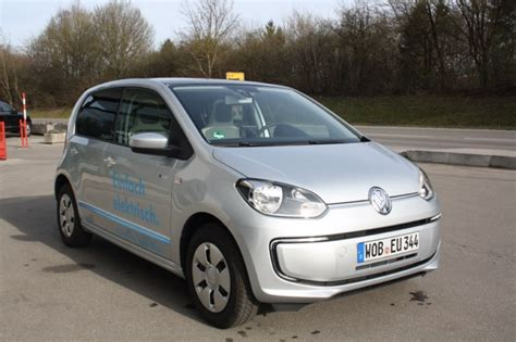 Auto Rasch Ffb by Vw E Up Autoschau Modenacht In F 252 Rstenfeldbruck